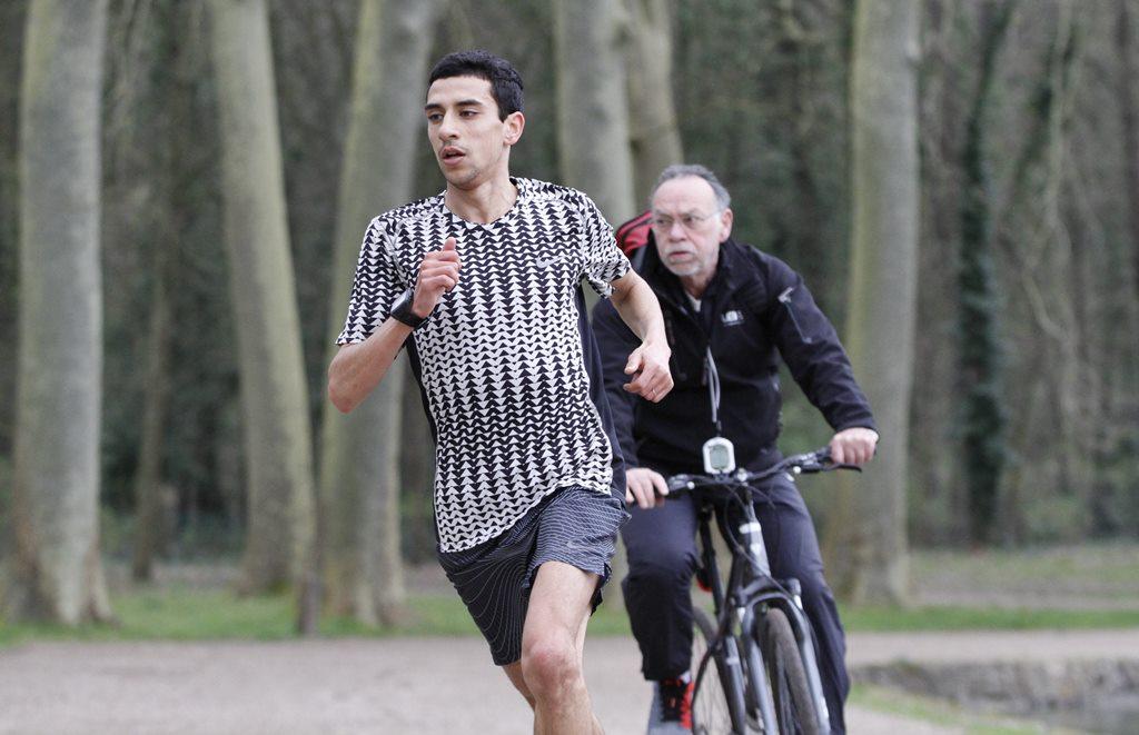 Hassan Chahdi suivi du coach Jean Claude Vollmer