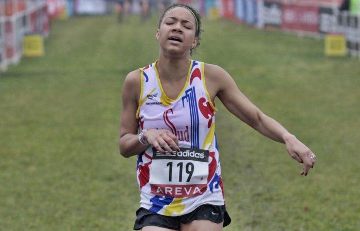 Renelle Lamote, le grand écart du 800 m au cross