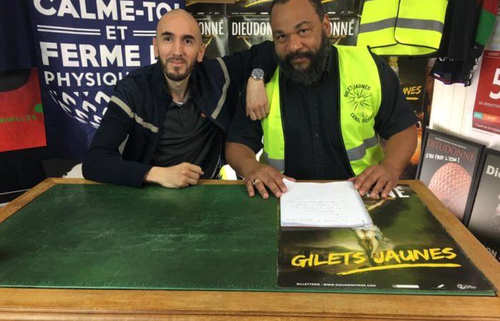 Analyse : pourquoi Hassan Hirt s'affiche avec Dieudonné ?